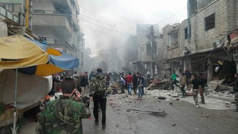 IS đánh bom liên hoàn đẫm máu, hơn 180 người chết - ảnh 2
