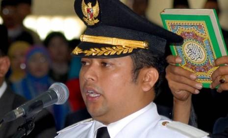 Thị trưởng tại Indonesia lỡ miệng: 'Ăn mì gói gây đồng tính' - ảnh 1