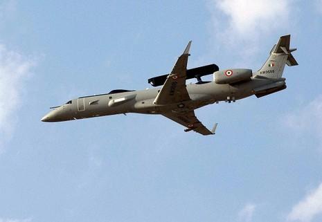 Hơn 180 chiến đấu cơ rầm rộ tập trận 'Nắm đấm sắt' tại Ấn Độ - ảnh 2