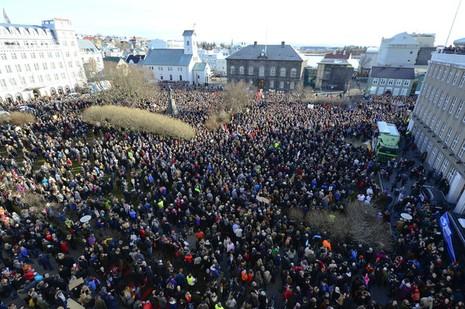 Hàng nghìn người Iceland kêu gọi thủ tướng từ chức - ảnh 1