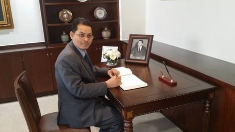 Nghi tham nhũng, Đại sứ Campuchia tại Hàn Quốc bị bắt - ảnh 1