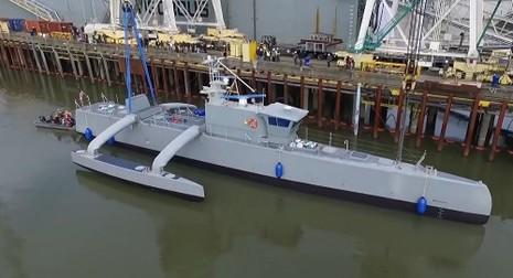 Mỹ ra mắt 'tàu ma' thách thức tàu ngầm Nga, Trung Quốc - ảnh 1