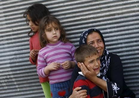 Đạn pháo nã vào Thổ Nhĩ Kỳ, nhiều người bị thương - ảnh 1