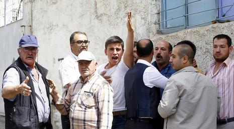 Đạn pháo nã vào Thổ Nhĩ Kỳ, nhiều người bị thương - ảnh 2