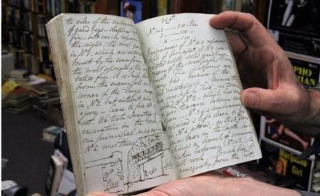 Suýt bán rẻ sách cổ hàng trăm năm với 'giá bèo' - ảnh 2