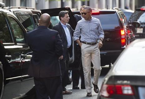 Ông Obama 'hẹn hò' cùng vợ ở nhà hàng Mexico sau khi về nước - ảnh 3