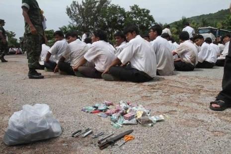 Thủ tướng Thái Lan mạnh tay xóa xổ các băng nhóm trường học - ảnh 1