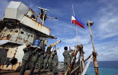 Trung Quốc chặn tàu cá Philipines vào bãi Scarborough - ảnh 2