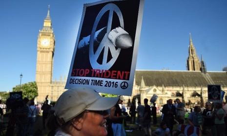 phản đối kế hoạch đóng mới tàu ngầm tên lửa hạt nhân