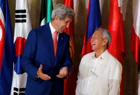 Mỹ khuyến khích Manila đàm phán song phương với Bắc Kinh - ảnh 1