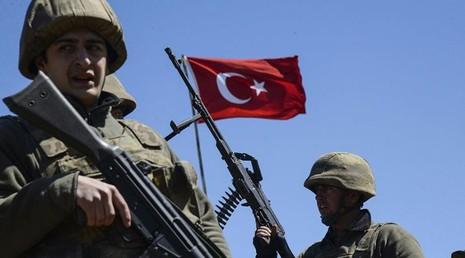 Thổ Nhĩ Kỳ dùng 'bàn tay sắt' thay máu truyền thông và quân đội - ảnh 1