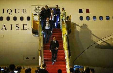 Tổng thống Pháp Francois Hollande đến TP.HCM - ảnh 1