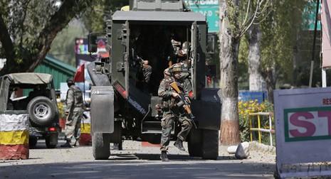 Doanh trại quân đội Ấn Độ ở Kashmir bị tấn công - ảnh 1
