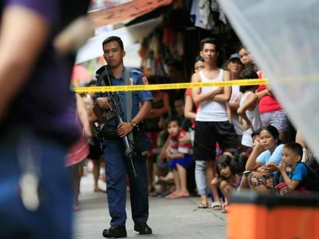 Mỹ hủy đơn hàng 26.000 khẩu súng cho Philippines