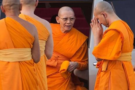 Sư trụ trì Thái Lan sẽ bị truy tố tội rửa tiền - ảnh 1