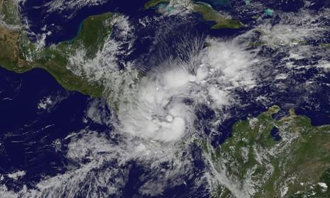 Bão Otto dự kiến đổ bộ vào Costa Rica và Nicaragua hôm 24-11. Ảnh: AFP