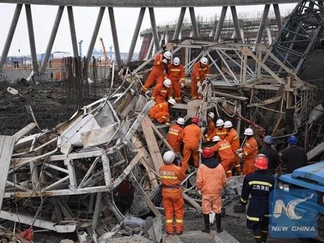 Sập công trình tại Trung Quốc, 40 người thiệt mạng - ảnh 1