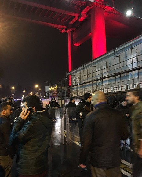 Thổ Nhĩ Kỳ: Khủng bố đêm giao thừa, hơn 35 người chết - ảnh 1