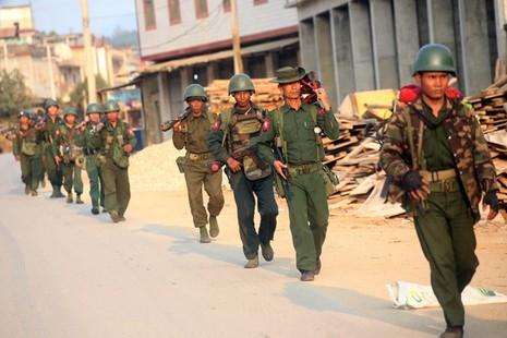 16 binh sĩ Myanmar thiệt mạng do xung đột gần biên giới Trung Quốc - ảnh 1