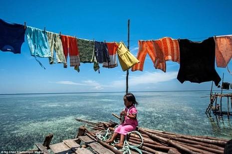 Khám phá cuộc sống như ở xứ sở thần tiên của người Bajau - ảnh 11