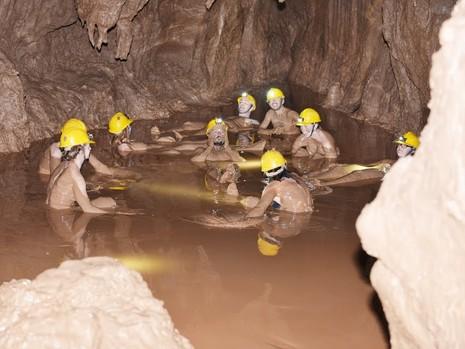 Khám phá 'tắm bùn hang động' tại Phong Nha - Kẻ Bàng - ảnh 5