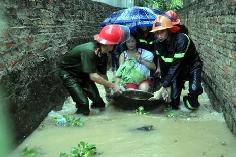Chuẩn bị kịch bản đối phó với mưa lũ lớn ở miền Bắc - ảnh 1