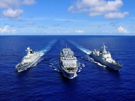 Trung Quốc tiến hành tập trận bắn đạn thật trên Biển Đông - ảnh 1