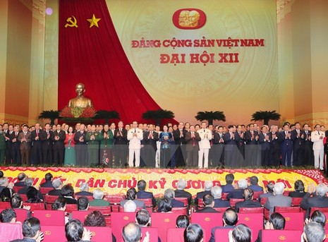 Toàn cảnh phiên bế mạc Đại hội toàn quốc lần thứ XII của Đảng - ảnh 6