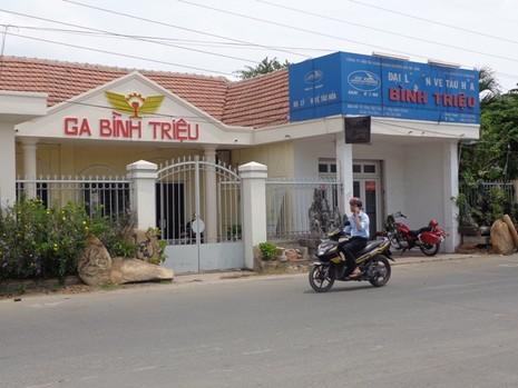 Tàu lửa ngoại ô Sài Gòn - Dĩ An 'đắt như tôm tươi' - ảnh 1