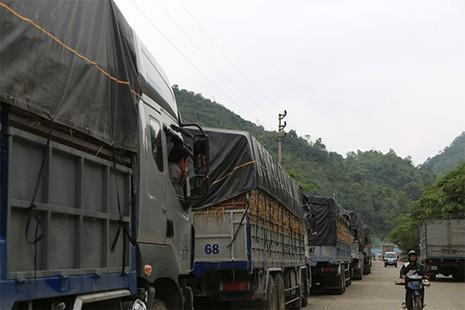 Bộ trưởng Công Thương: Mở rộng hạ tầng cửa khẩu để giải tỏa tắc dưa hấu - ảnh 1