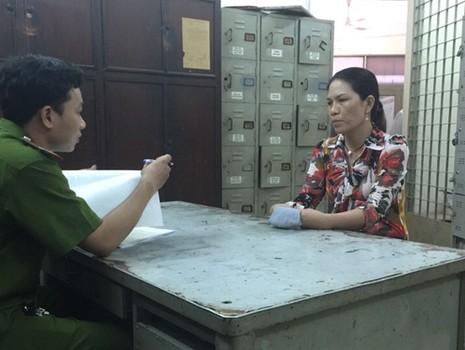 Trộm vàng ở Nha Trang, bị đón bắt ở TP.HCM - ảnh 1