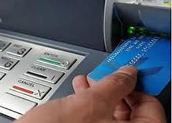 Công an cảnh báo việc giả cán bộ ngân hàng lấy thông tin cá nhân - ảnh 1