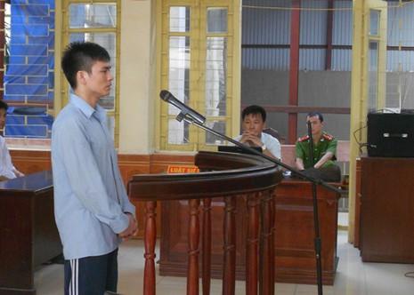 Vụ ông Chấn: luật sư truy về giấy tạm trú của bị cáo Chung - ảnh 1