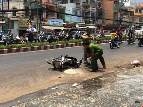 Khó giữ đôi mắt của nữ sinh viên bị tạt acid giữa phố Sài Gòn - ảnh 3