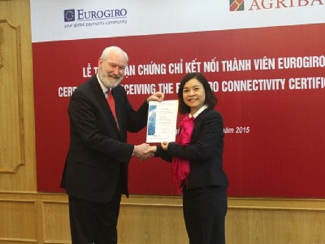 Agribank nhận chứng chỉ kết nối thành viên Eurogiro - ảnh 2