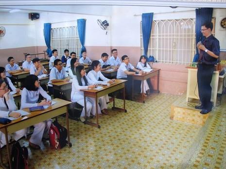 Kỳ thi THPT quốc gia: Trường, trung tâm cuống cuồng thi thử - ảnh 1