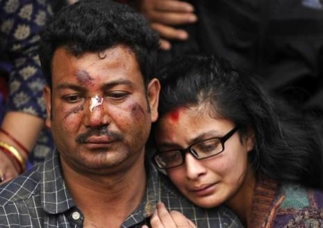 Thủ đô Nepal dịch chuyển 3m, 3.700 người chết - ảnh 3