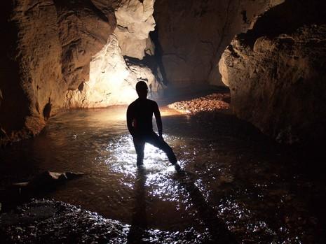 Chuyện đời của Hồ Khanh - Người phát hiện hang Sơn Đoòng - ảnh 6
