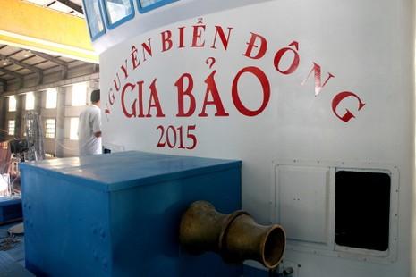 Hạ thủy tàu cá có tên lạ Nguyên Biển Đông Gia Bảo  - ảnh 2