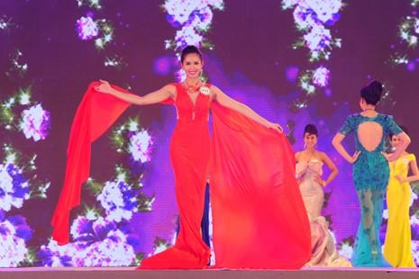 Nguyễn Thị Lê Nam Em đăng quang hoa khôi ĐBSCL 2015 - ảnh 6