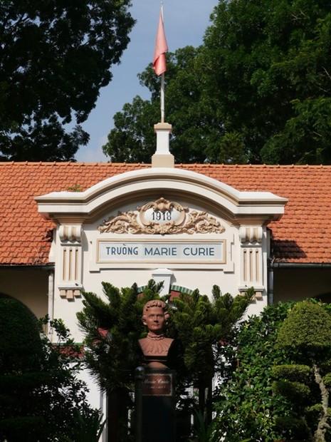 THPT Marie Curie: Nét đẹp cổ kính của ngôi trường trăm tuổi - ảnh 2