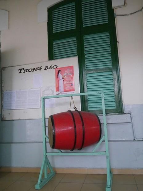 Độc đáo những ngôi trường trăm tuổi ở Sài Gòn - ảnh 4