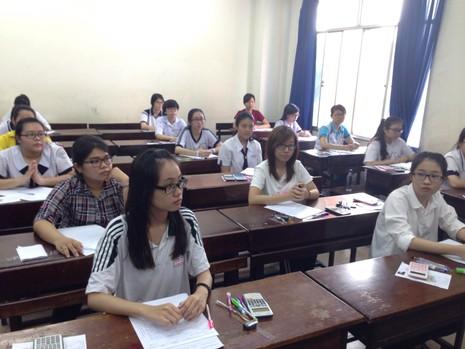Đại học Kinh tế TP.HCM điểm sàn xét tuyển là 18 - ảnh 1