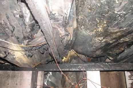 Lửa lớn cháy lan, 8 nhà trọ ở quận Bình Thạnh bị thiêu rụi - ảnh 6