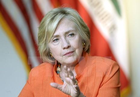 Mỹ tiếp tục công bố các thư điện tử của bà Hillary Clinton - ảnh 1