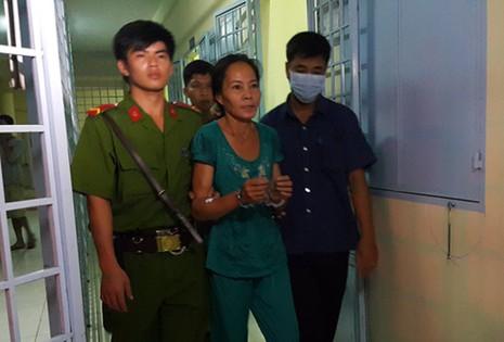 Nguyễn Thị Vân được đưa về trại tạm giam - Ảnh: Thúy Hằng