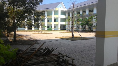Trường THCS tiếp tục bị bỏ hoang chờ... học sinh - ảnh 2