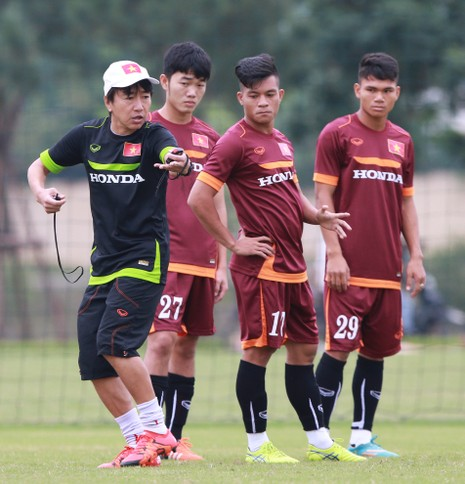 Đội tuyển U-23: Hồng Duy trở lại, Huy Toàn chia tay - ảnh 1