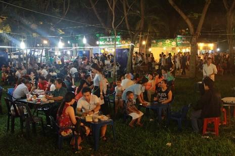 Hàng ngàn người chen chân tại Liên hoan ẩm thực món ngon các nước - ảnh 4