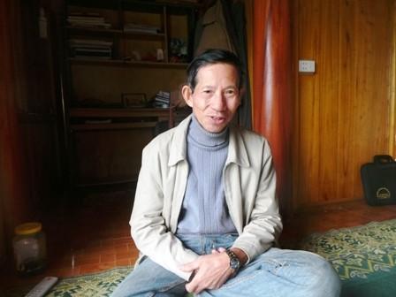 Ông Hà Nam Ninh, ở huyện Bá Thước, người chuyên nghiên cứu về văn hóa đồng bào thiểu số ở miền Tây xứ Thanh
